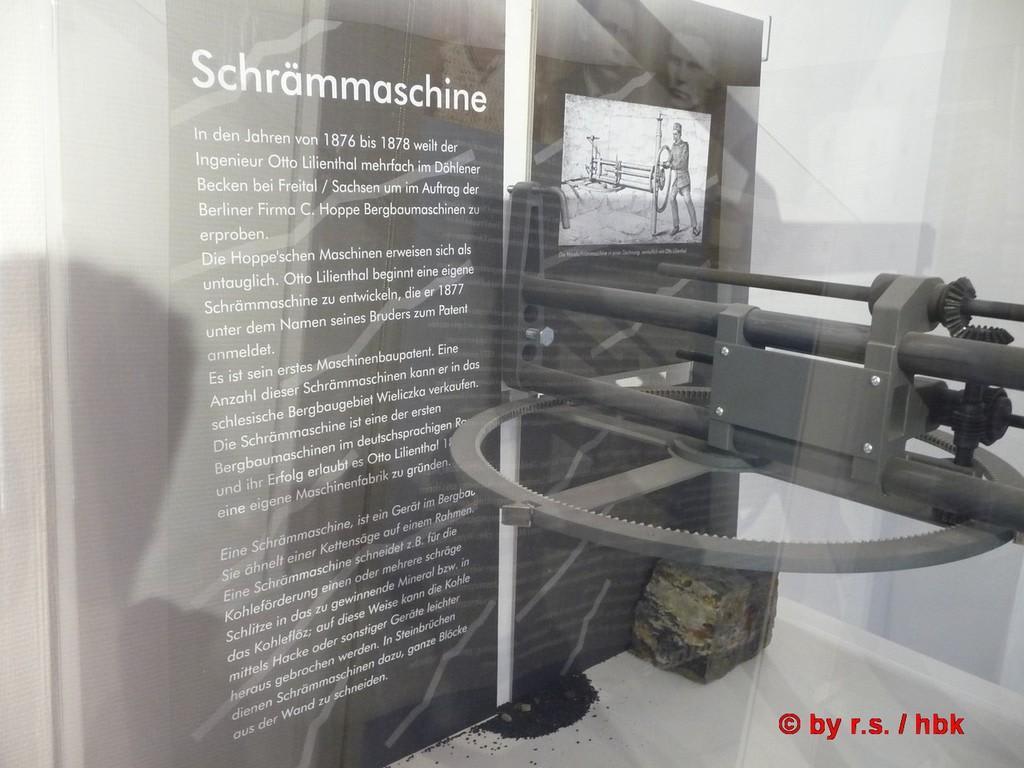 Infotafel zu seiner Schrämmaschine Bilder Museum Otto-Lilienthal-Museum