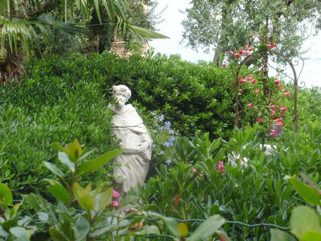 Bilder Schöne Gärten bild schöne gärten zu malcesine in malcesine