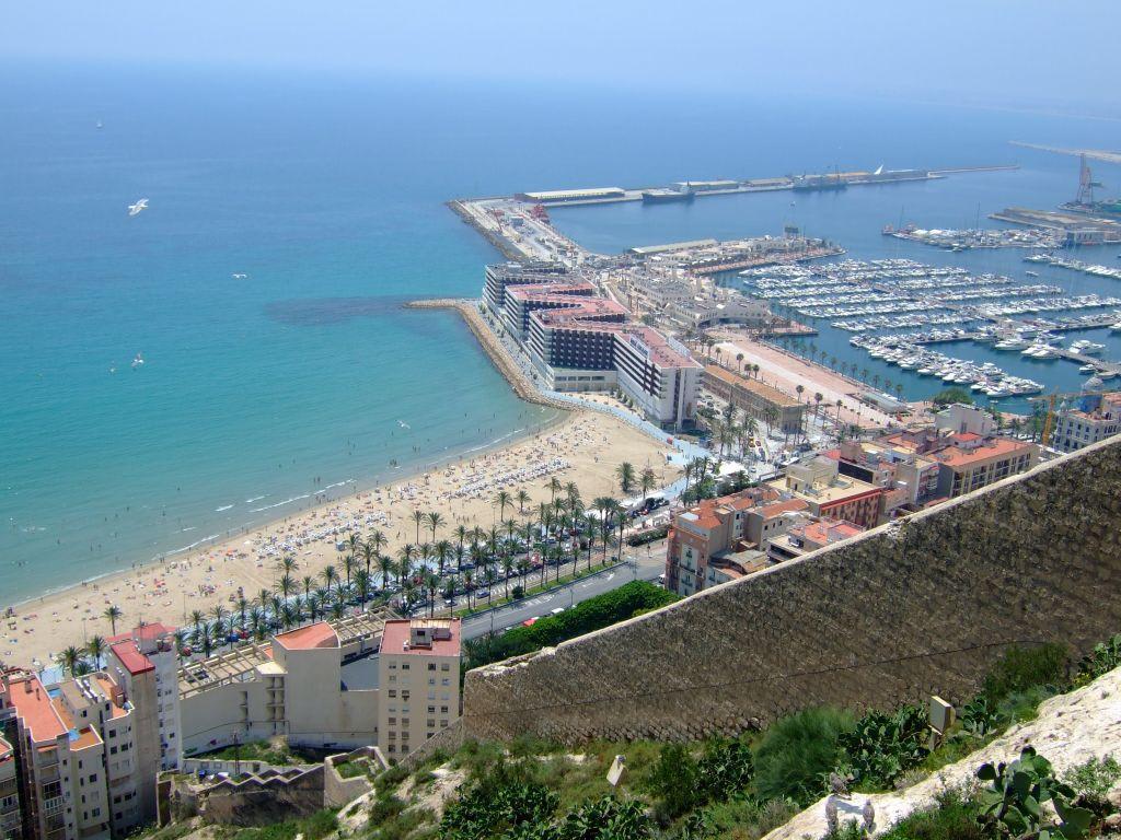Alicante Hotel Am Strand