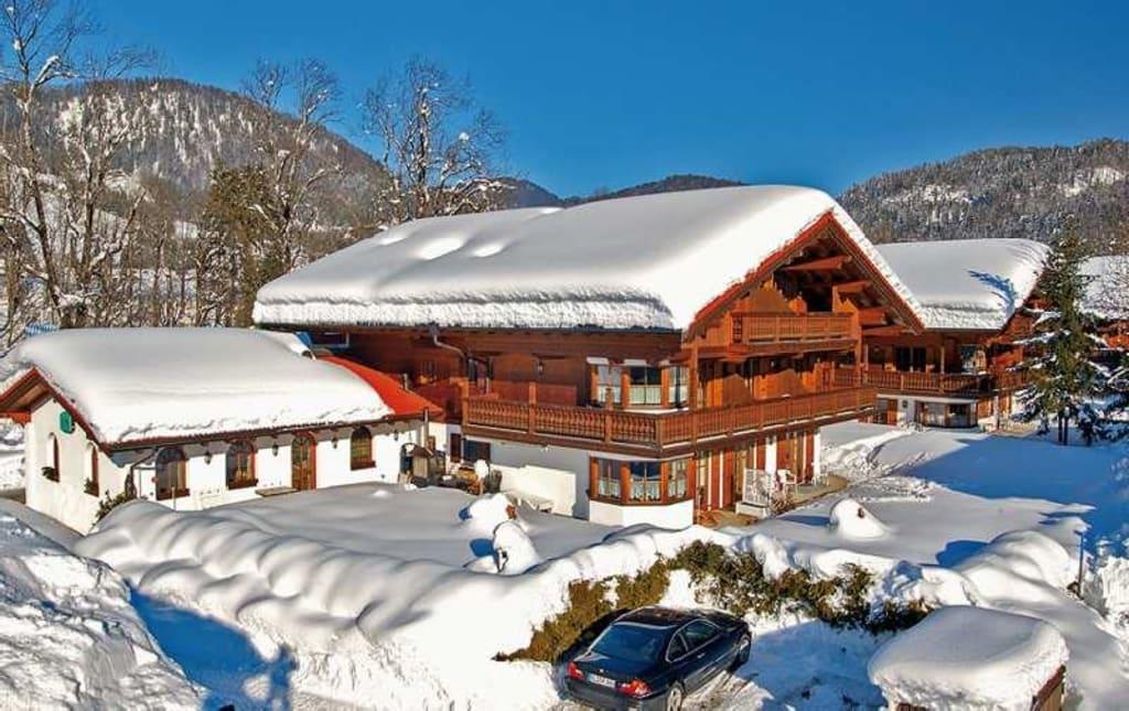 bild kaiserhof reit im winkl im winter zu ferienwohnanlage kaiserhof in reit im winkl. Black Bedroom Furniture Sets. Home Design Ideas