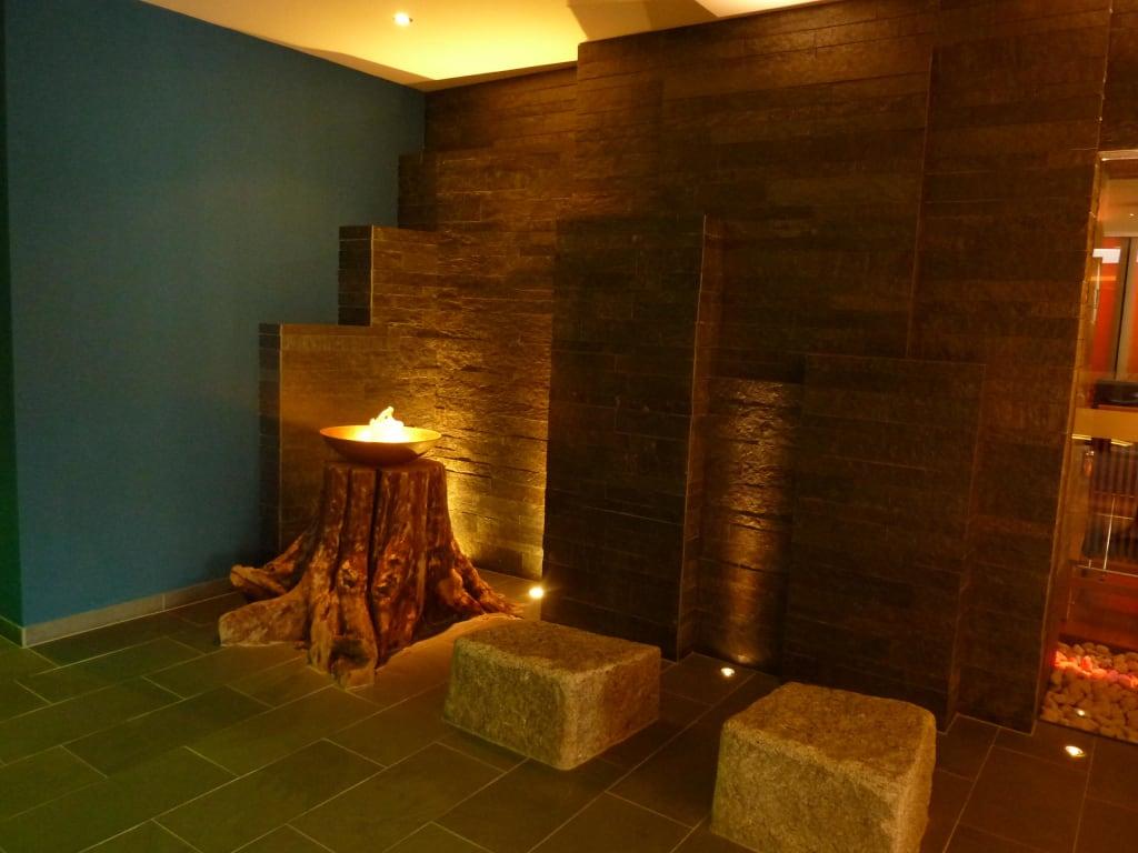 Bild tolle deko im saunabereich zu hotel krallerhof in for Tolle hotels