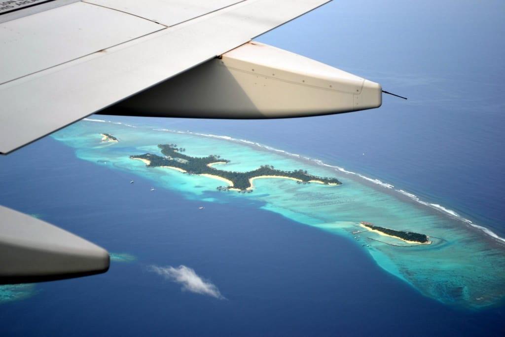 Bild Blick Aus Dem Flugzeug Zu Haa Alif Atoll In Haa Alif Atoll