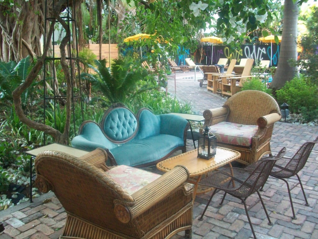 bild sch ner garten zu freehand miami hostel in miami beach. Black Bedroom Furniture Sets. Home Design Ideas