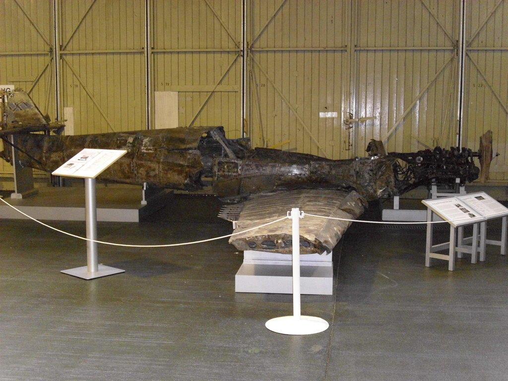 bild jagdflugzeug 2 weltkrieg zu luftwaffenmuseum gatow in berlin spandau. Black Bedroom Furniture Sets. Home Design Ideas