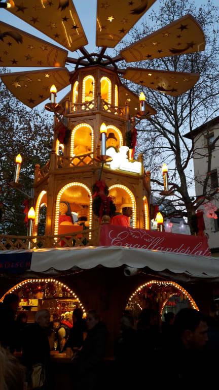 Weihnachtsmarkt Bonn.Bild Weihnachtsmarkt Bonn Zu Weihnachtsmarkt Bonn In Bonn