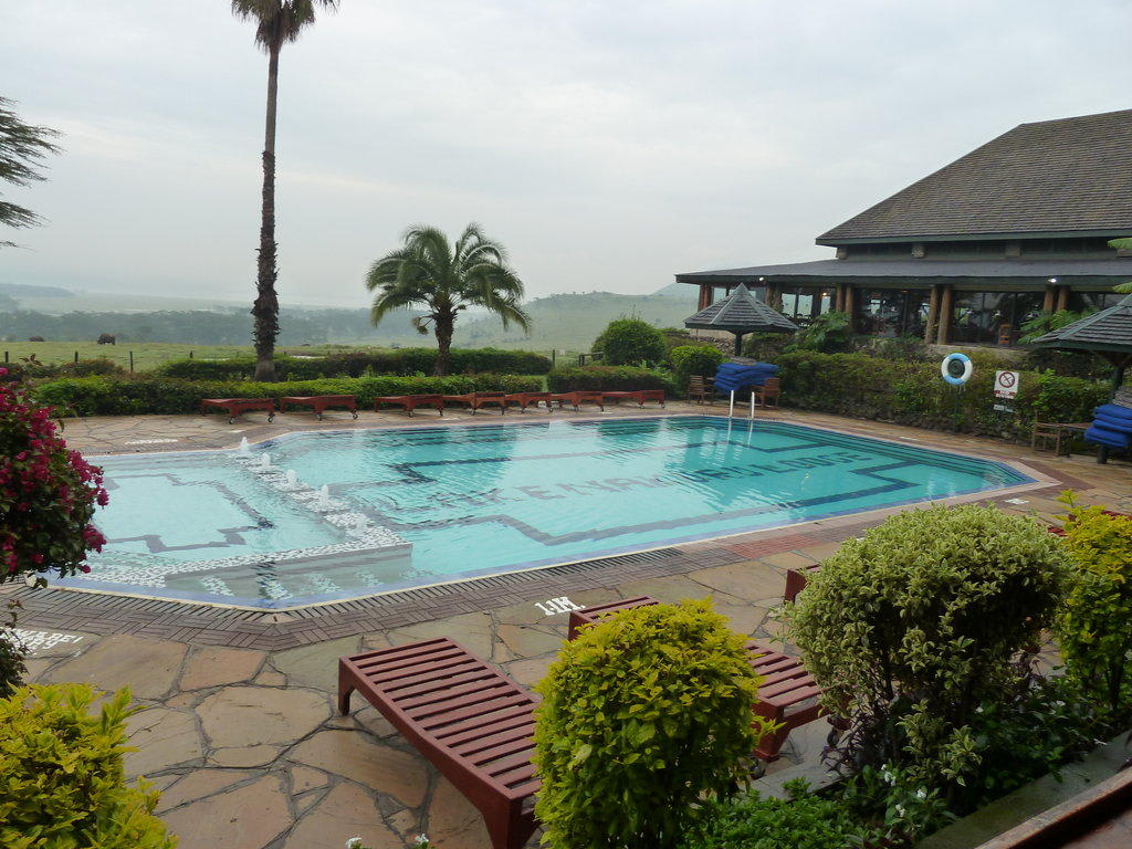 Bild Pool Zu Hotel Lake Nakuru Lodge In Lake Nakuru