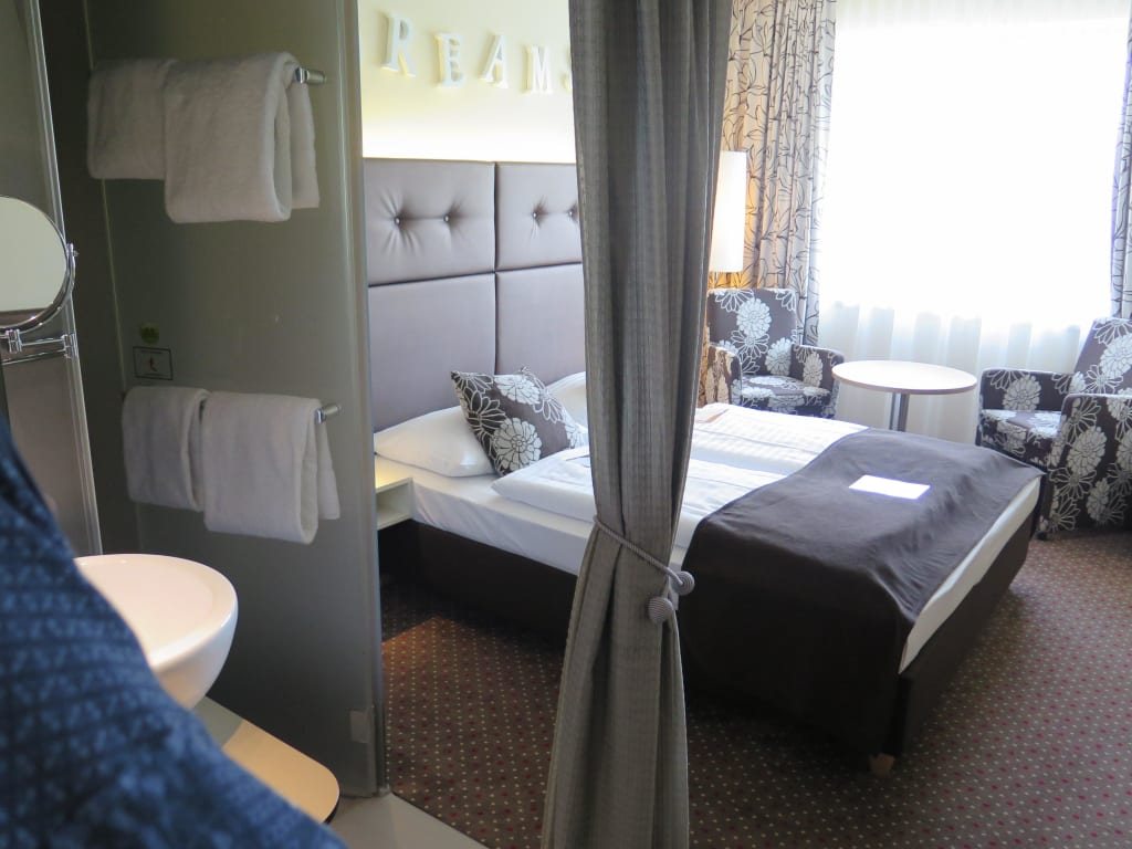 Bild zimmer klein aber sehr gem tlich zu boutique hotel for Kleine boutique hotels