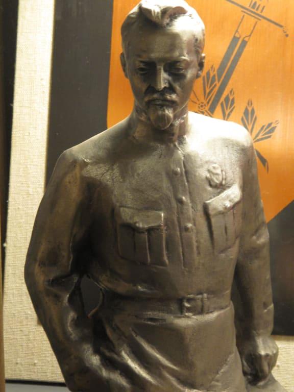 bild die heroen des sozialismus wurden verehrt zu ddr museum karl liebknecht str 1 in berlin. Black Bedroom Furniture Sets. Home Design Ideas