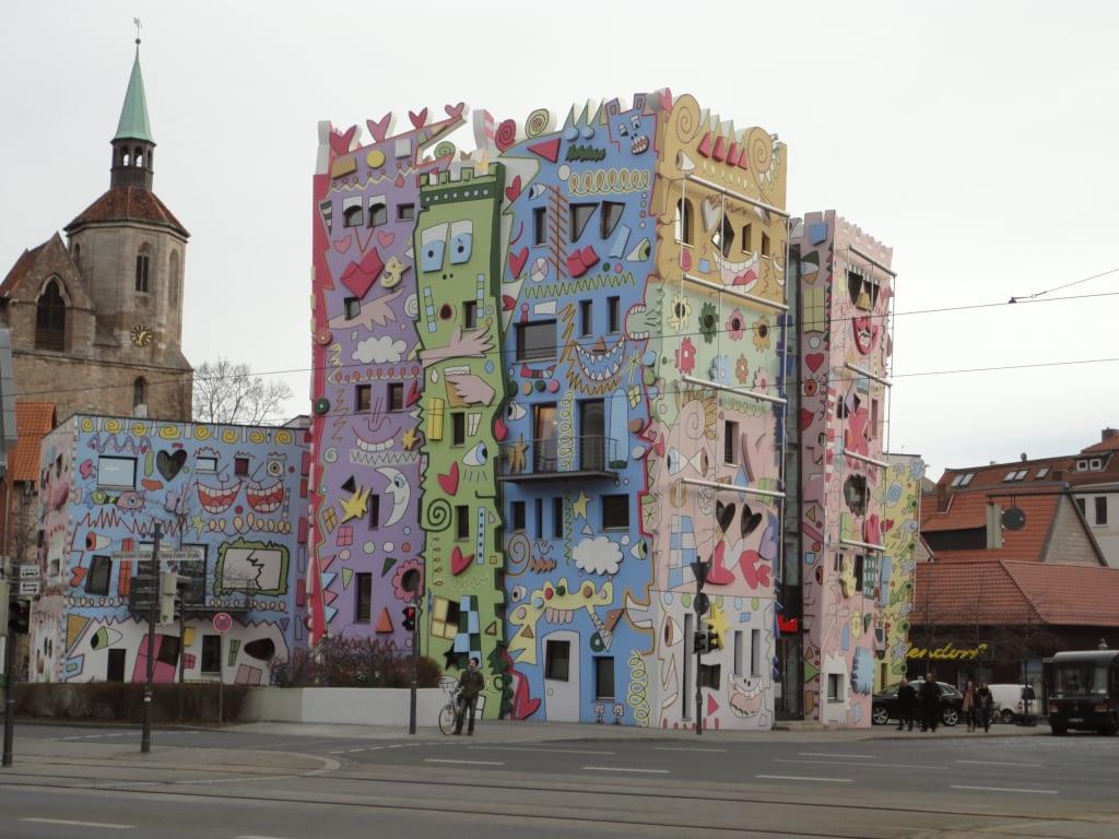 bild rizzi haus zu happy rizzi house in braunschweig. Black Bedroom Furniture Sets. Home Design Ideas