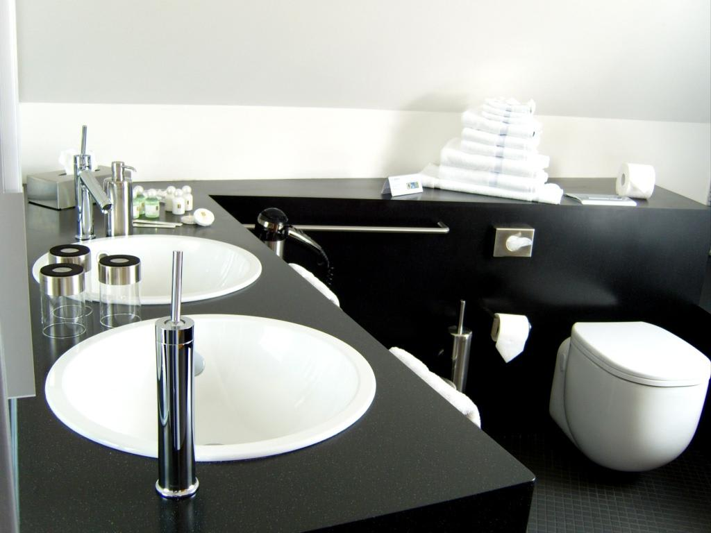 spachtelung statt fliesen im bad g stetoilette. Black Bedroom Furniture Sets. Home Design Ideas