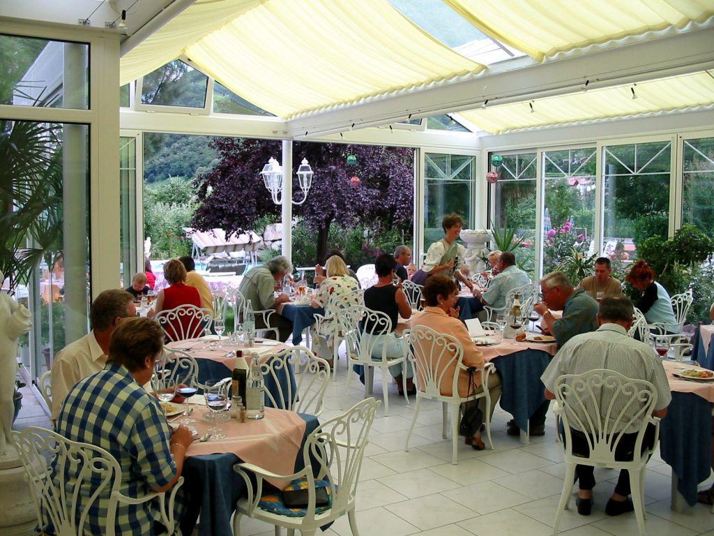 Bild wintergarten restaurant zu hotel gschwangut in lana for Hotel gschwangut lana