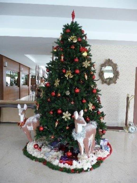 bild wundersch n geschm ckter weihnachtsbaum zu innvista hotels belek im umbau renovierung. Black Bedroom Furniture Sets. Home Design Ideas