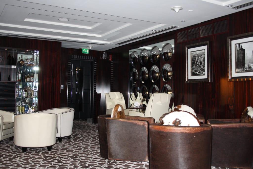 Bild Einrichtung Bar 44 Zu Bar 44 Grosvenor House In Dubai