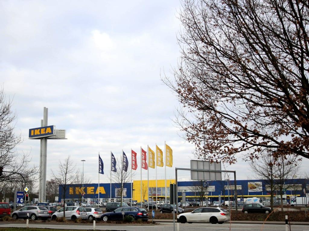 Bild Ikea Parkplatz Zu Ikea Großburgwedel In Großburgwedel