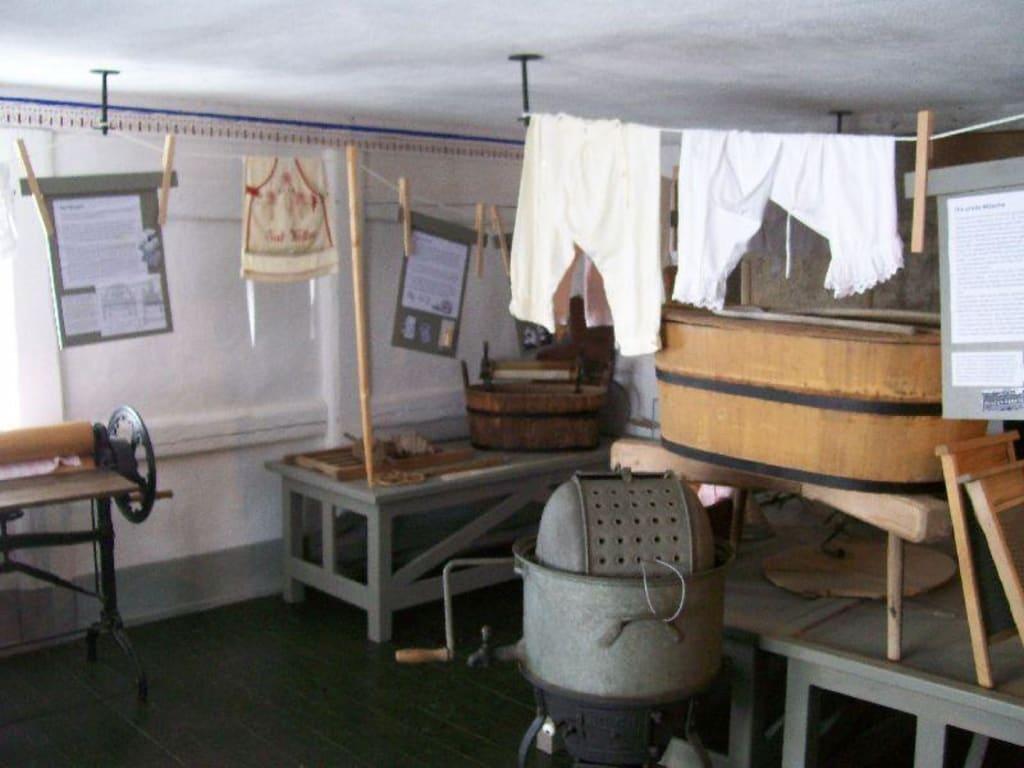 Bild quotwaschkuche im wohnstallhausquot zu freilichtmuseum in for Waschküche m bel