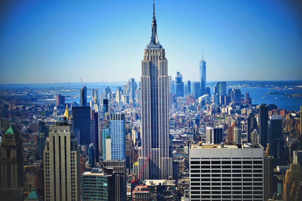 bild empire state building zu rockefeller center in new york manhattan. Black Bedroom Furniture Sets. Home Design Ideas
