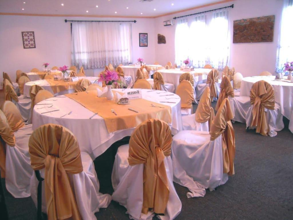 Bilder Dekorierte Tische : Liebevoll dekorierte Tische Bilder Restaurant & Büffet Hotel