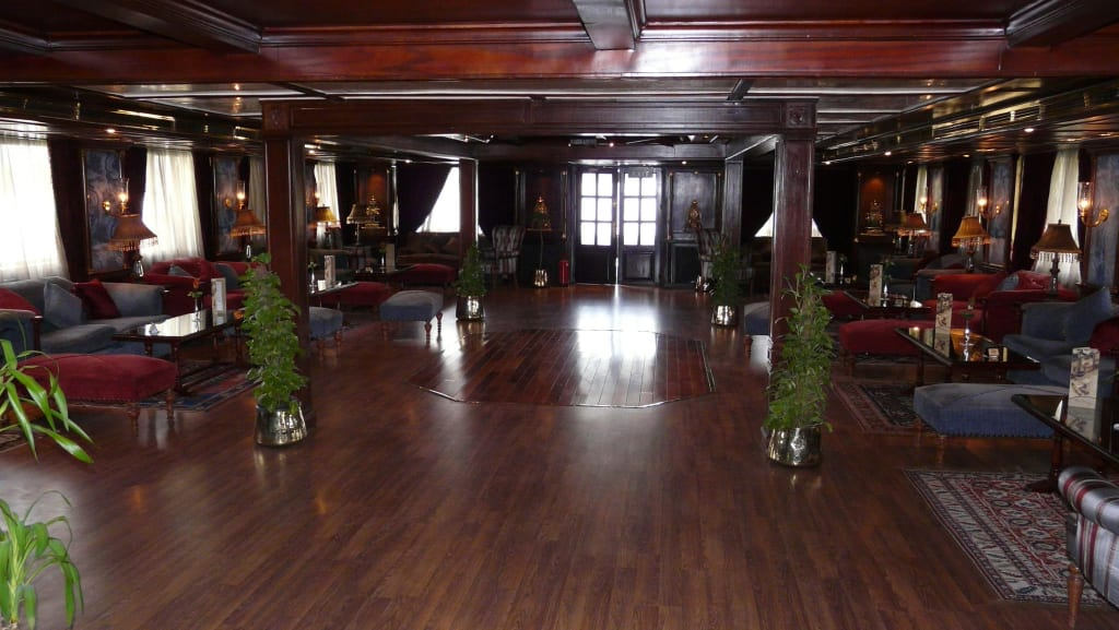 bild salon kolonialstil zu sunrise select terramar in. Black Bedroom Furniture Sets. Home Design Ideas
