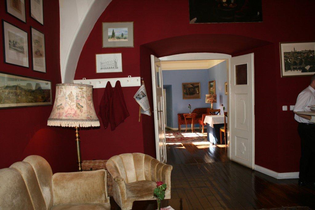 bild inneneinrichtung zu restaurant schloss stonsdorf in stanisz w stonsdorf. Black Bedroom Furniture Sets. Home Design Ideas