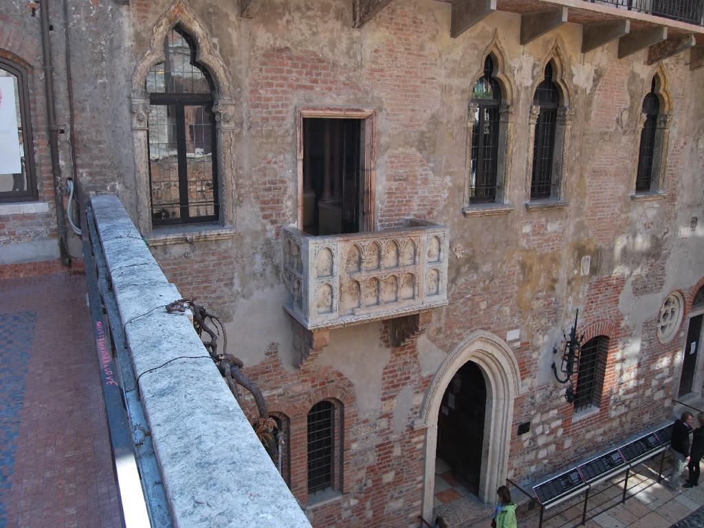 Bild Der Balkon Von Romeo Julia Zu Julias Balkon Haus In Verona