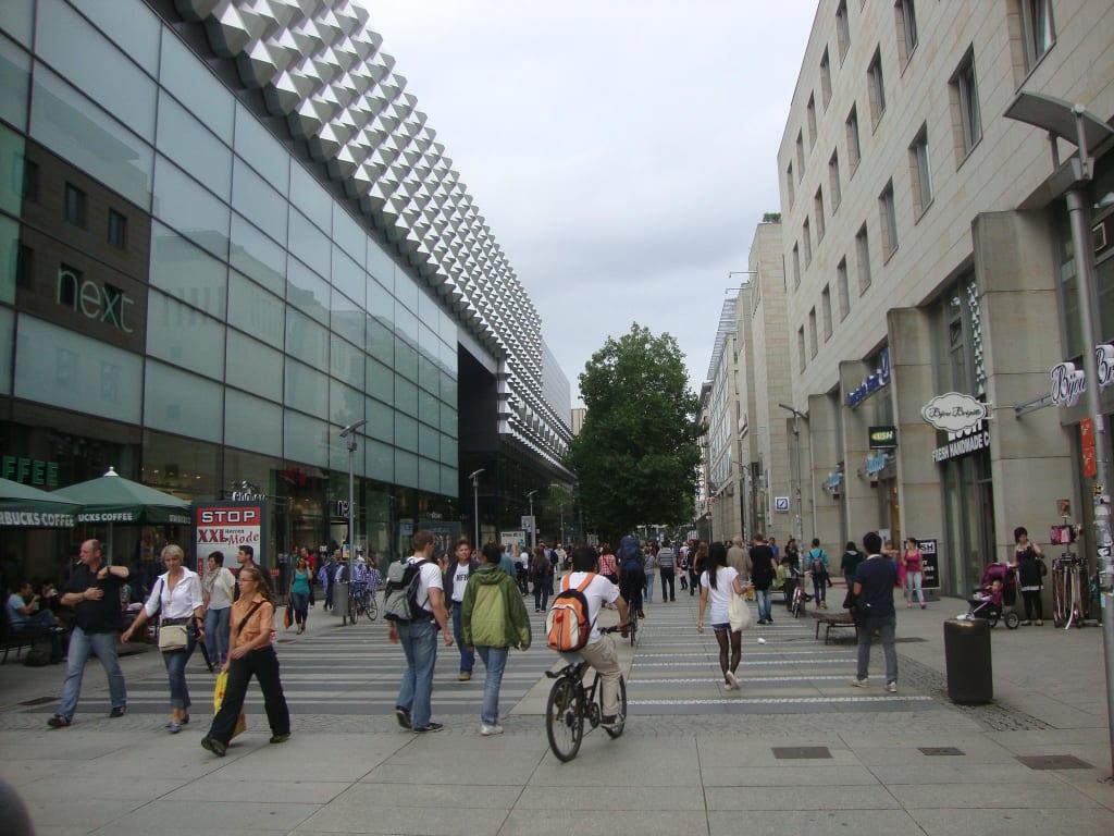 Bild Fu G Ngerzone Zu Dresden In Dresden