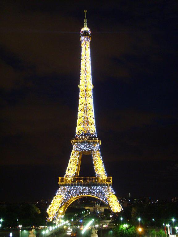 Bild Quot Bei Nacht Quot Zu Eiffelturm In Paris