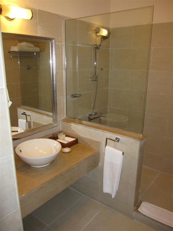 badezimmer badezimmer offene dusche badezimmer offene. Black Bedroom Furniture Sets. Home Design Ideas