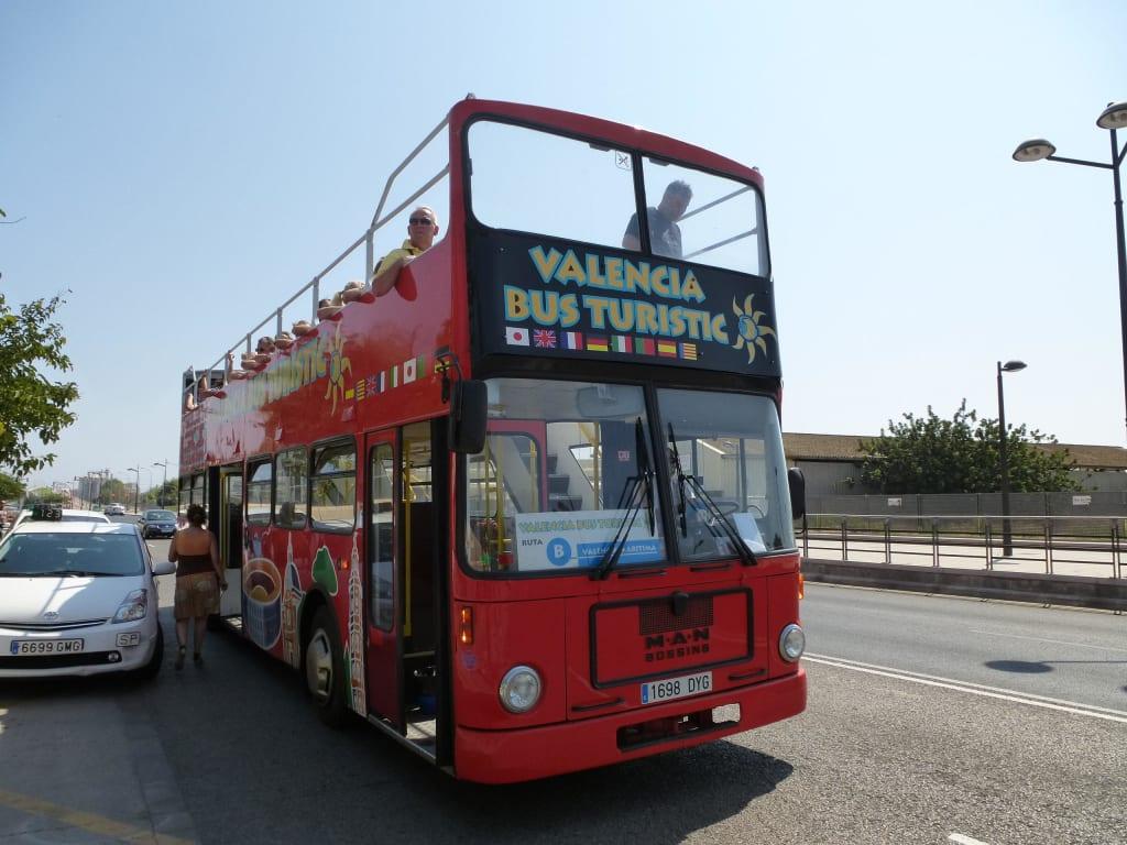 Bild Bus Der Blauen Linie Zu Stadtrundfahrt Valencia In Valencia