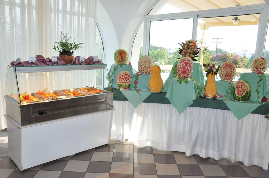 Bild griechische ecke und dekor zu hotel mastichari bay for Dekor hotel