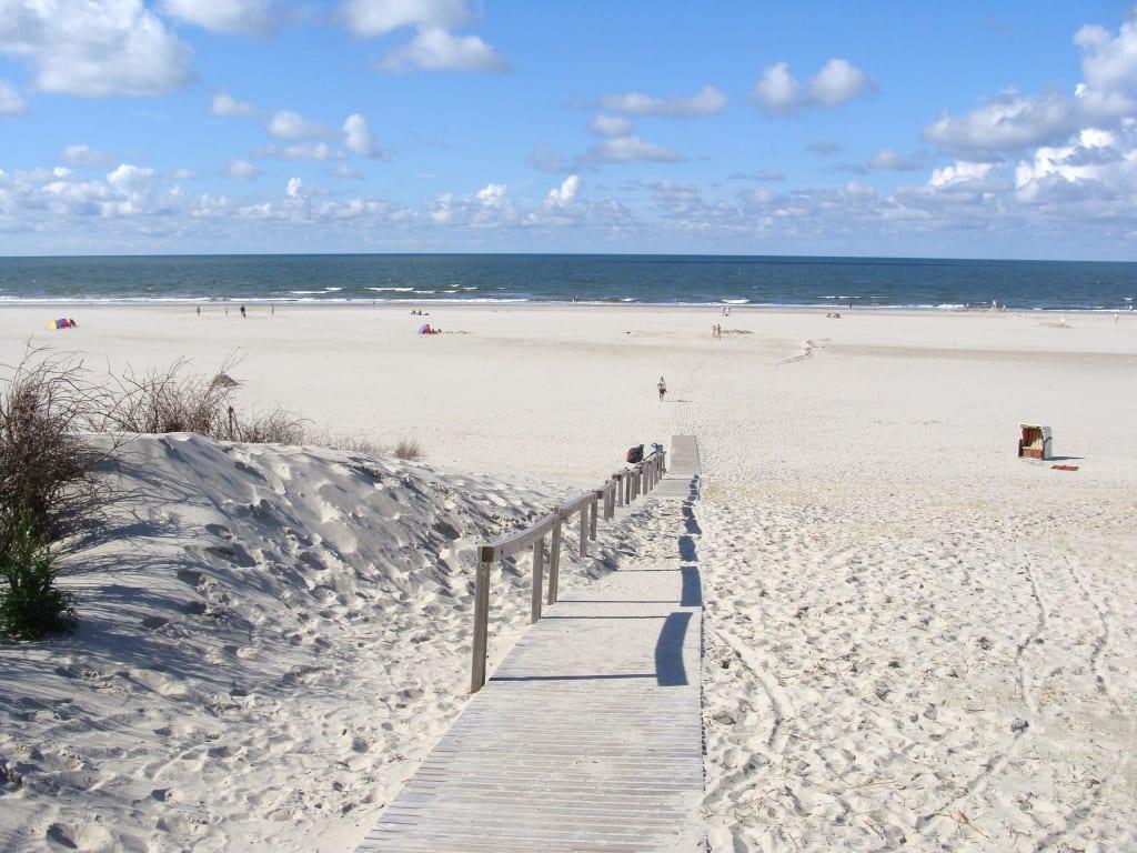 Bild der juister traumstrand zu strand juist in juist for Hotels insel juist nordsee