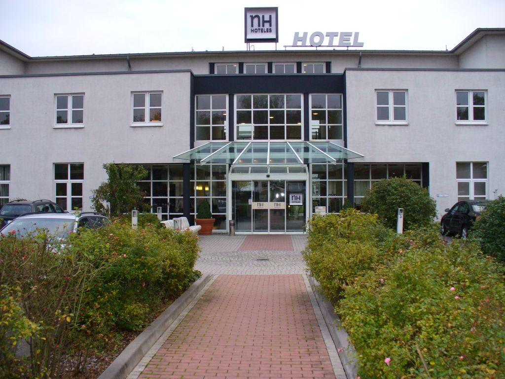 "Bild ""eingang"" Zu Nh Frankfurt Airport In Kelsterbach. InterCity Premium Salvador Hotel. Corporate Inn. Grand  De Bordeaux And Spa. Relais Le Betulle Hotel. DoubleTree By Hilton Bratislava. Harbin Leye Mansion. Best Western Premier Hotel Moa Berlin. Hotel Pension Roggal"
