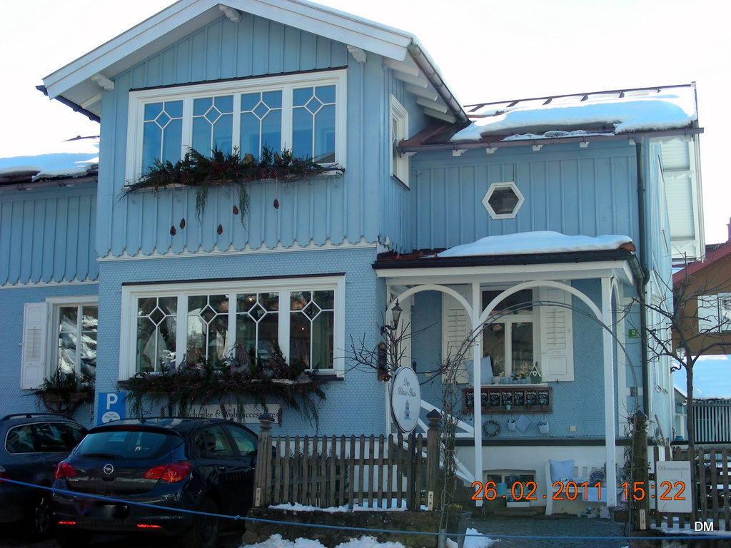 bild das cafe blaues haus zu caf blaues haus in oberstaufen. Black Bedroom Furniture Sets. Home Design Ideas