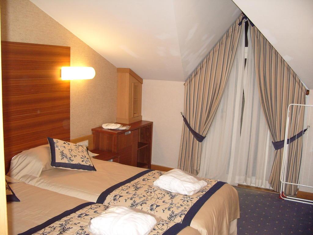 Bild economyzimmer zu trendy aspendos beach hotel in for Trendy hotel