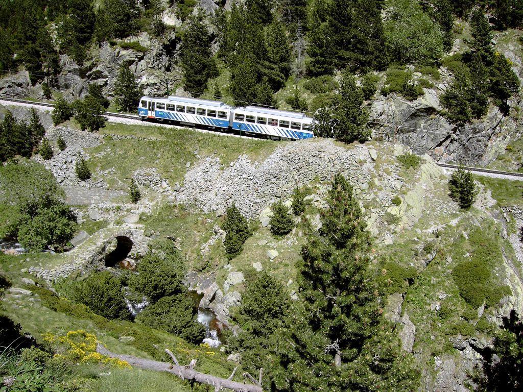 Vall de Nuria - Zahnradbahn (1) Bilder Berg/Vulkan/Gebirge Vall de Nuria