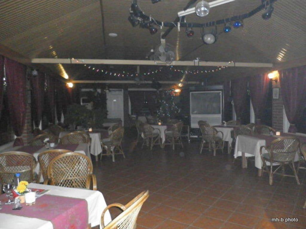 Bild Typische Einrichtung Einer Türkischen Bar Zu Wiellies Bar In Side