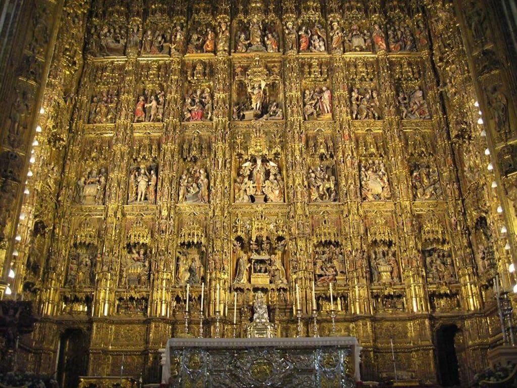 bild catedral de santa maria hochaltar zu kathedrale von sevilla in sevilla. Black Bedroom Furniture Sets. Home Design Ideas