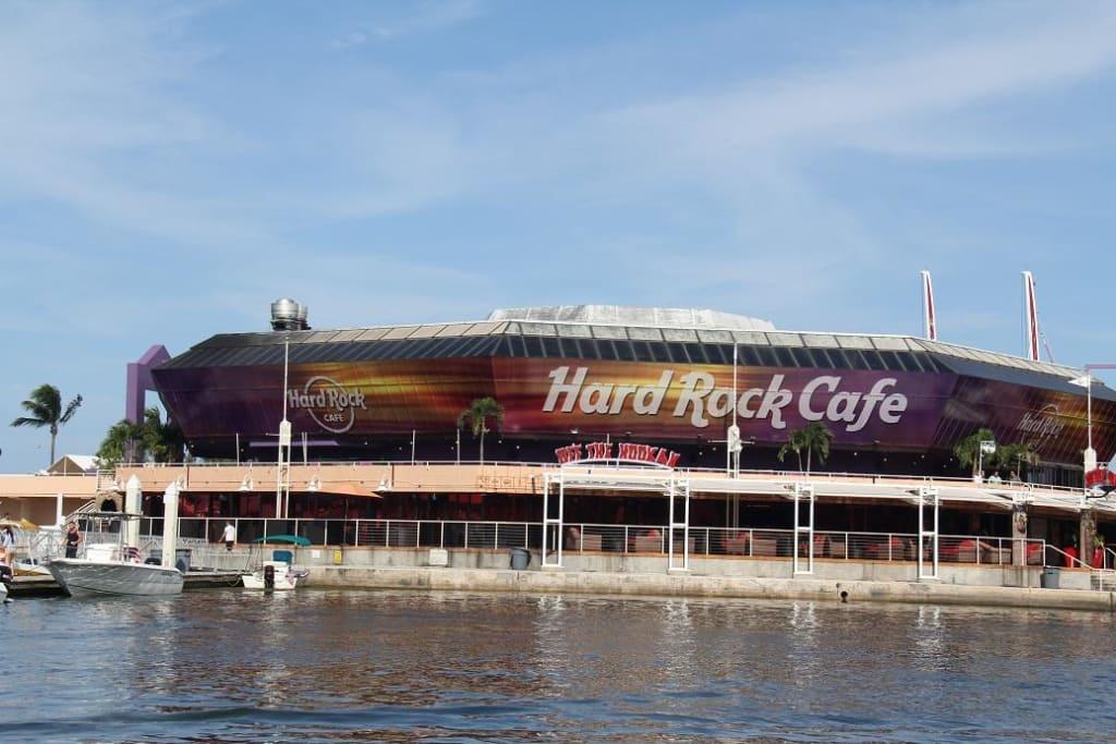 Hard Rock Cafe Ljubljana