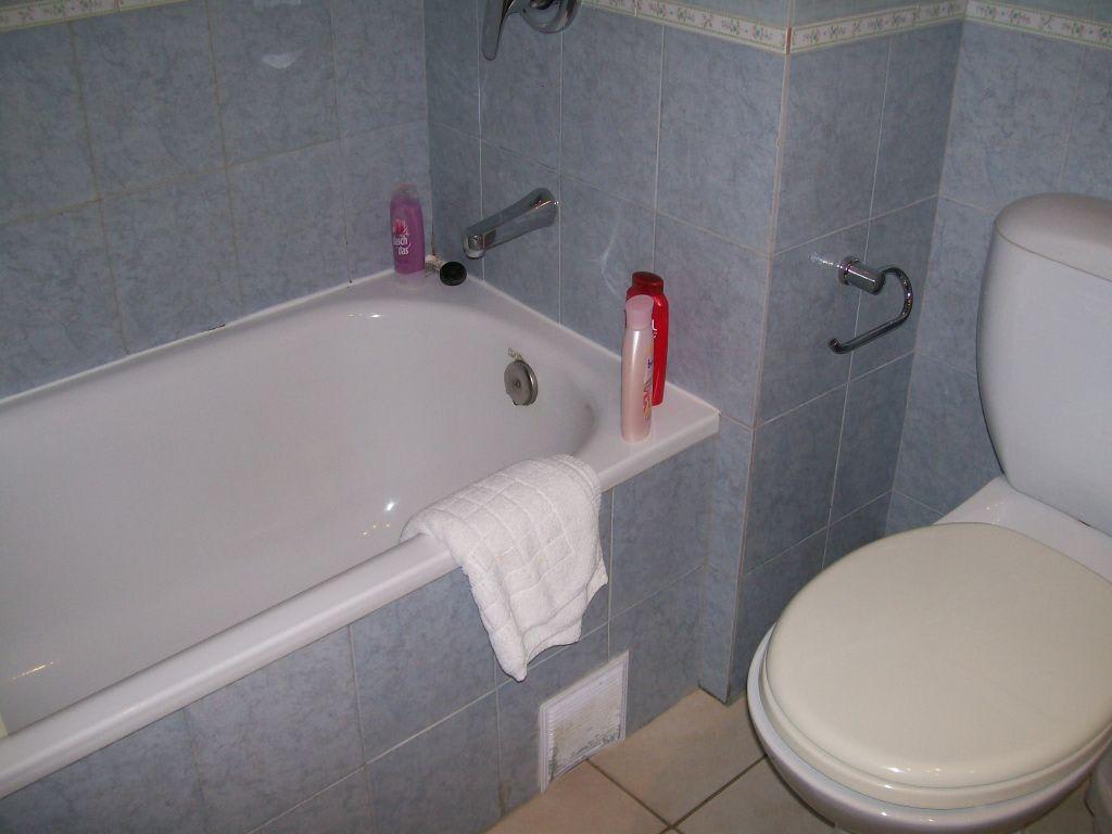 Bild altes dreckiges badezimmer zu aquis sandy beach - Dreckiges badezimmer ...