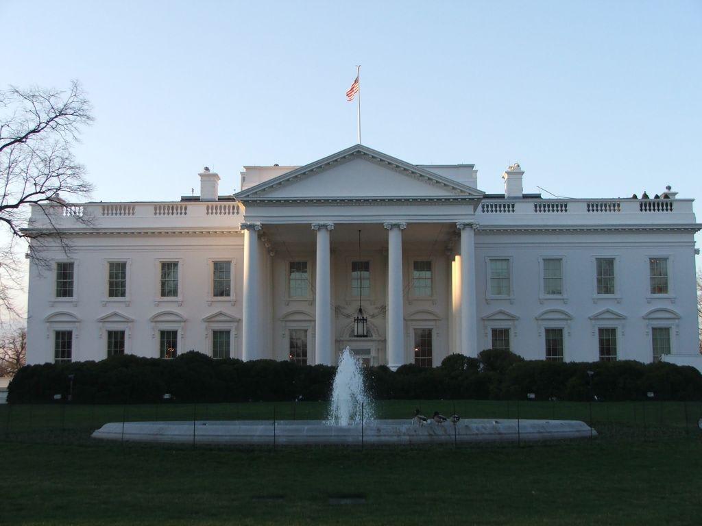 bild wei es haus nordseite zu wei es haus white house in washington d c. Black Bedroom Furniture Sets. Home Design Ideas