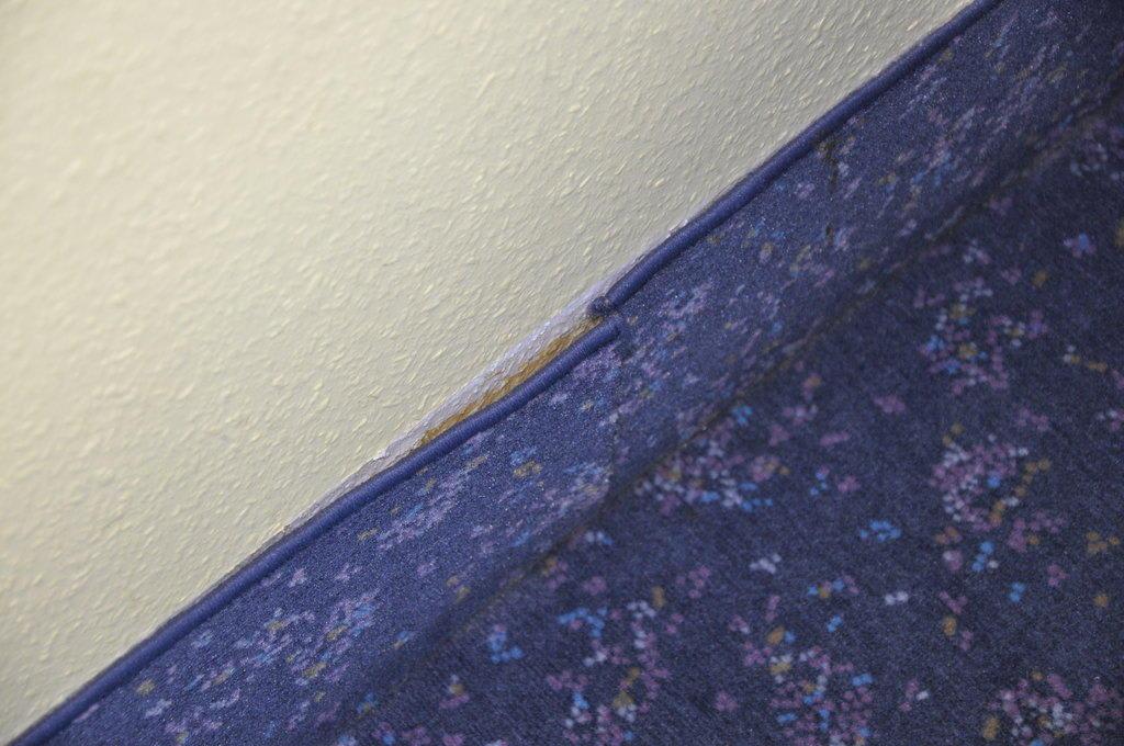 Bild Teppichleiste löst sich zu Nordic Hotel Domicil in