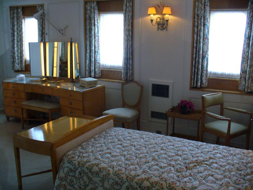 """bild """"blick ins schlafzimmer der queen"""" zu royal yacht britannia, Schlafzimmer"""
