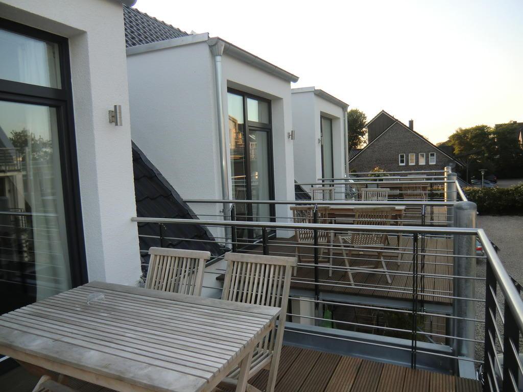 Bild Balkon Leider Ohne Markise Und Trennwand Zu 54
