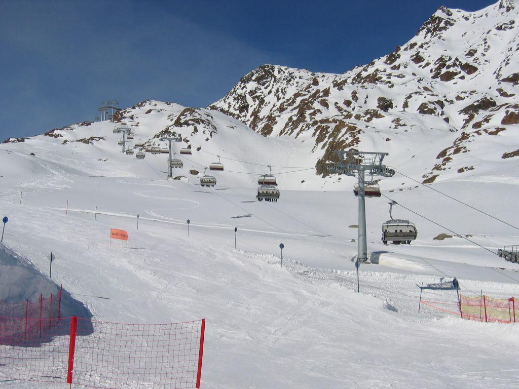 Bild Neuer Beheizter 6er Sessellift Zu Pitztaler Gletscher In St