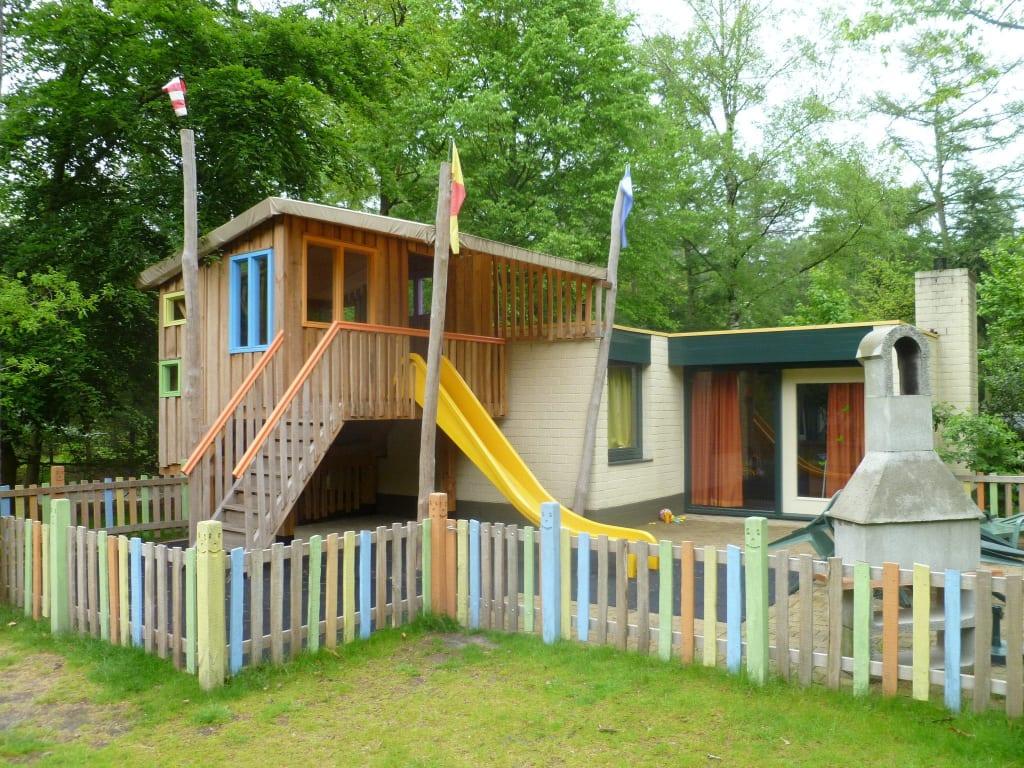 bild bungalow 832 neue generation kinderferienhaus zu center parcs het meerdal in horst aan de. Black Bedroom Furniture Sets. Home Design Ideas