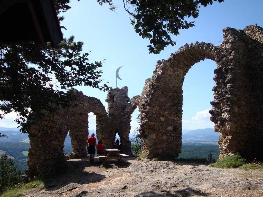 Klettersteig Türkensturz : Pittentaler klettersteig turecký hrad viaferraty cz