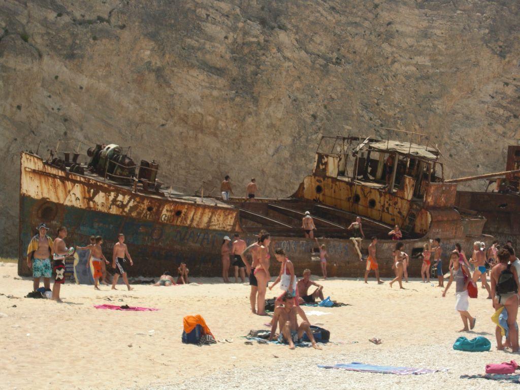 Ausflug Bilder Sonstige Sehenswurdigkeit Bucht Navagio Schmuggler Schiffswrack