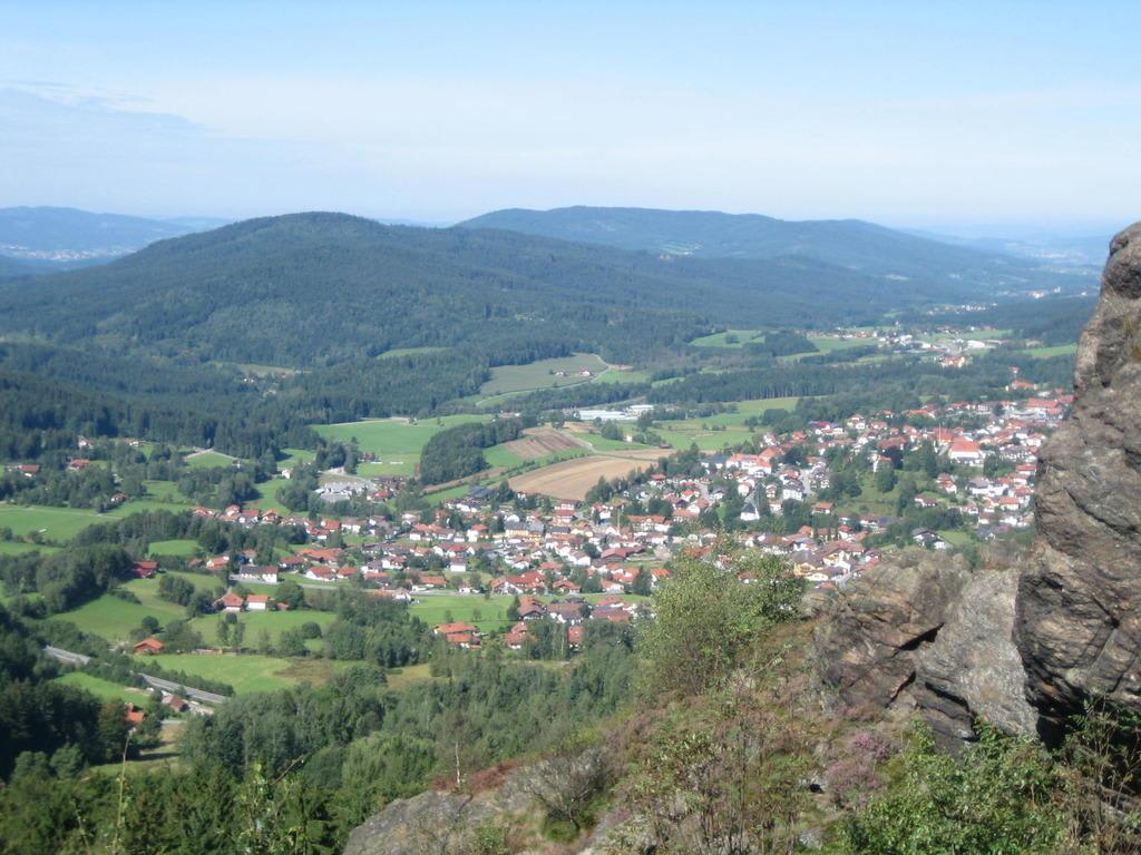 Bild Blick Vom Silberberg Auf Bodenmais Zu Silberberg In Bodenmais