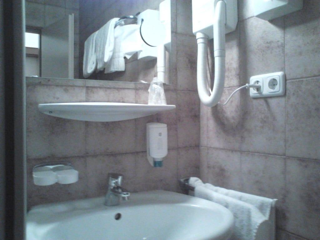 Bild badeinrichtung zu hotel hahn in m nchen for Badeinrichtung bilder