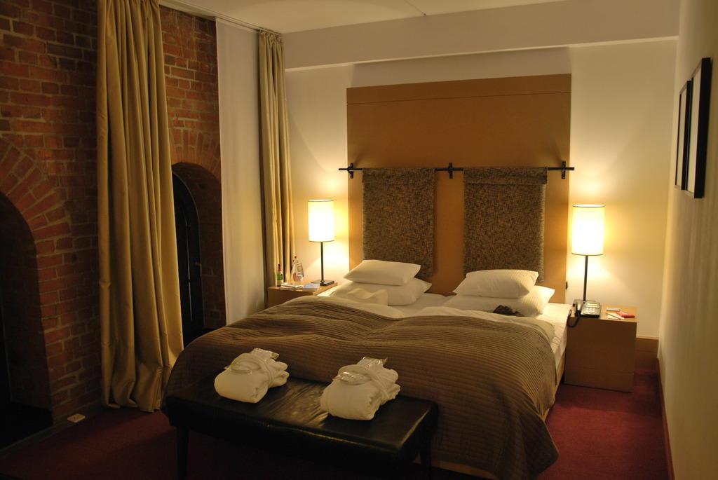 bild das kleine loft zu gastwerk hotel hamburg in hamburg. Black Bedroom Furniture Sets. Home Design Ideas