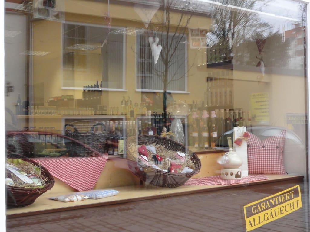 Bild schaufenster zu allg uer hoimarkt in kempten for Schaufenster dekoartikel